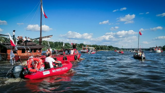 Solemn cruise and a minute of silence in memory of Warsaw Rising 1944